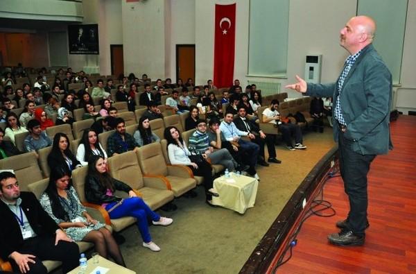 Mehmet Auf kaliteli yaşamın sırlarını açıkladı
