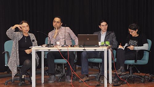 Panelde moderatör Prof. Dr. Mutlu Binark, katılımcılar ise Prof. Dr. Seçil Büker, Dr. Gamze Göker, Birkan Sarıfakıoğlu ve Şafak Dikmen'di.(Fotoğraf: Müge Helin Deviren)