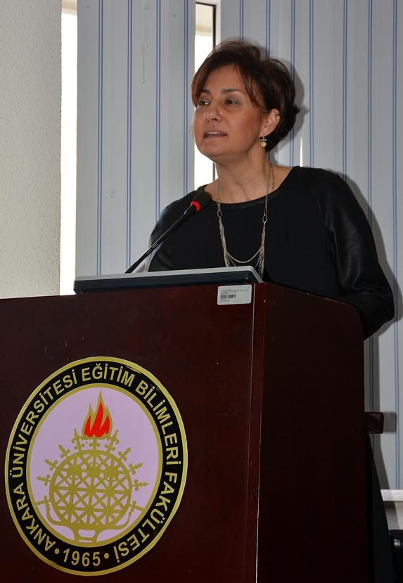 Prof. Dr. Funda Acarlar (Fotoğraf: Merve Filiz)