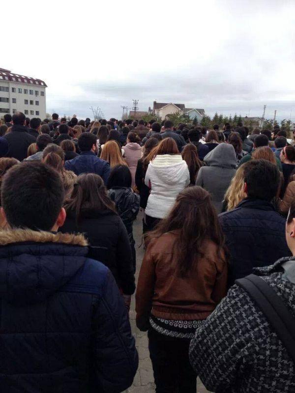 Atılım Üniversitesi Berkin'i unutmadı. Berkin için ders bırakma boykotu yapıldı.