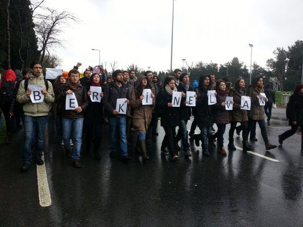 Yıldız Teknik Üniversitesi'nde üniversiteliler Berkin Elvan'nın ölümünü protesto ederek derslere girmedi. Berkin Elvan için bütün okulu dolaşarak Berkin'in cenazesine katılma çağrısı yaptı.