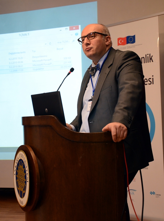 Prof. Dr. Abdülrezak Altun (Fotoğraf: Alp Eren Kaya)