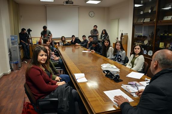 Genç iletişimciler İLEF'te.