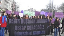 Cebeci'de kadınlar Özgecan için eylemdeydi