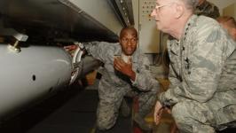 İncirlik'te nükleer bomba mı var?