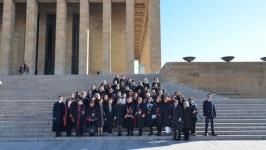 Ankara Üniversitesi öğretim üyeleri 8 Mart'ta Anıtkabir'deydi