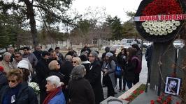 Prof. Dr. Aksoy katledilişinin 29'uncu yılında anıldı