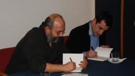 Tahincioğlu ve Göktaş, kitaplarını imzaladı