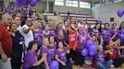 Kanseri yenen kadınlar maçı da kazandı