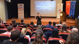 Prof. Dr. Özdemir: Sosyal politika emekle sermaye arasında bir sarkaçtır