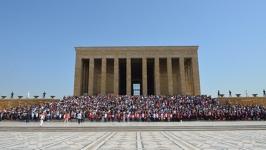 Ankara Üniversiteliler Anıtkabir'de